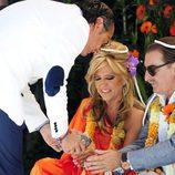 Lydia Lozano y su marido Charlie celebrando sus bodas de plata