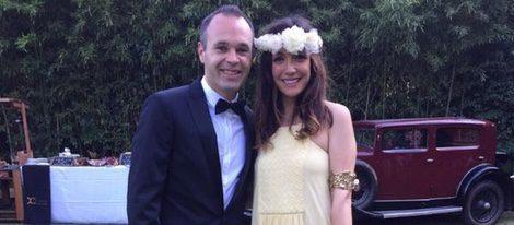 Andrés Iniesta y Anna Ortiz en la boda de Pedro Rodríguez y Carolina Martín
