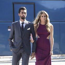 Álvaro Arbeloa y su mujer Carlota Ruiz en la boda de José Callejón y Marta Ponsati
