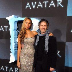 El compositor James Horner y  la cantante Leona Lewis en la presentación de 'Avatar'