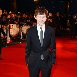 Tom Holland en la premiere de 'Lo Imposible' en Londres