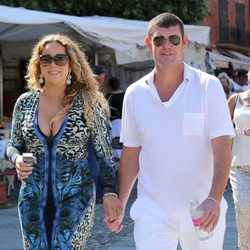 Mariah Carey y James Packer paseando por Portofino