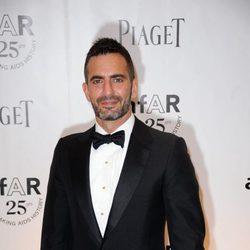 Marc Jacobs en la gala Inspiration amfAr