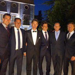 Guillermo García López, Albert Costa, David Ferrer, Sergio García y Sete Gibernau con Juan Carlos Ferrero en su boda
