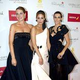 Alejandra, Claudia y Eugenia Osborne en la alfombra roja de los Global Gift 2015
