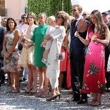 Princesas Estefanía y Carolina de Mónaco junto a Louis Ducret, Camille Gottlieb, Pauline Ducret, Andrea Casiraghi y Tatiana Santo Domingo Casiraghi