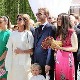 Princesa Carolina de Mónaco junto a sus hijos Andrea Casiraghi y Tatiana Santo Domingo y su nieto Sacha