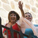 Loles León y Teresa Bueyes en la boda de Alba Carrillo y Feliciano López