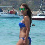 Paula Echevarría luce cuerpazo en el mar en Ibiza