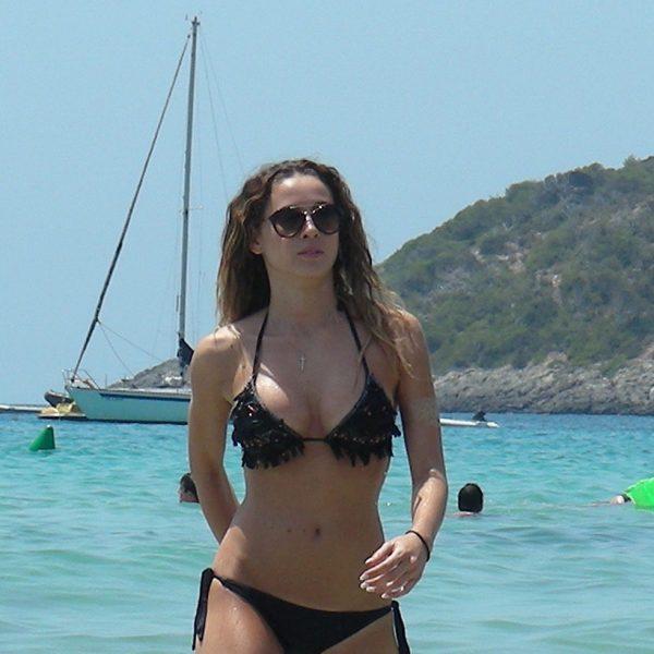 image Compras de navidad bikini store 2
