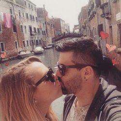 Yoli y Jonathan de 'GH 15' se besan en los canales de Venecia