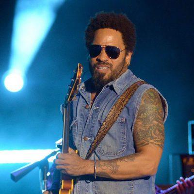 Lenny Kravitz dando un concierto en el Startlite de Marbella