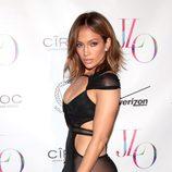 Jennifer Lopez en la alfombra roja de su cumpleaños