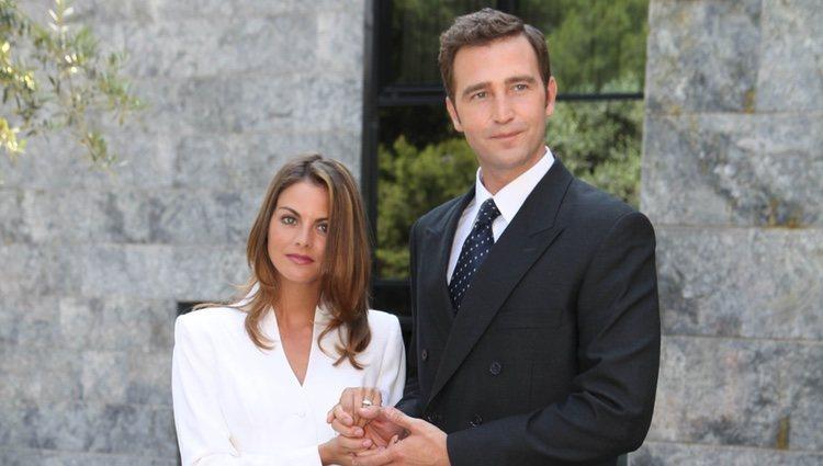 Amaia Salamanca y Fernando Gil en el rodaje de la tv movie 'Felipe y Letizia'