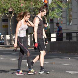 Nicolás Coronado con su novia en Madrid