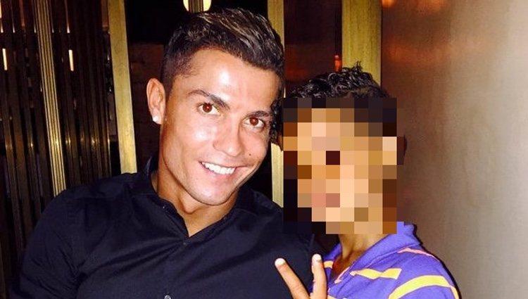 Cristiano Ronaldo, de cena con su hijo Cristiano Jr.