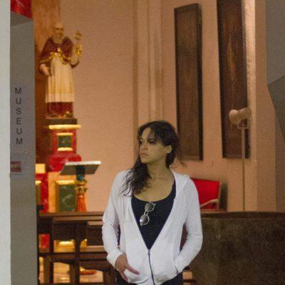 Michelle Rodriguez saliendo de una iglesia de Ibiza