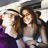 Risto Mejide y Laura Escanes en el aeropuerto de Barcelona
