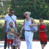 Gwen Stefani y Gavin Rossdale con sus hijos