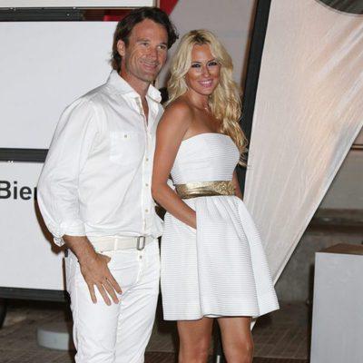 Carlos Moyá y Carolina Cerezuela en la cena de armadores de Mallorca