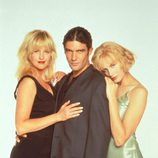 Melanie Griffith, Antonio Banderas y Daryl Hannah en 'Two Much'
