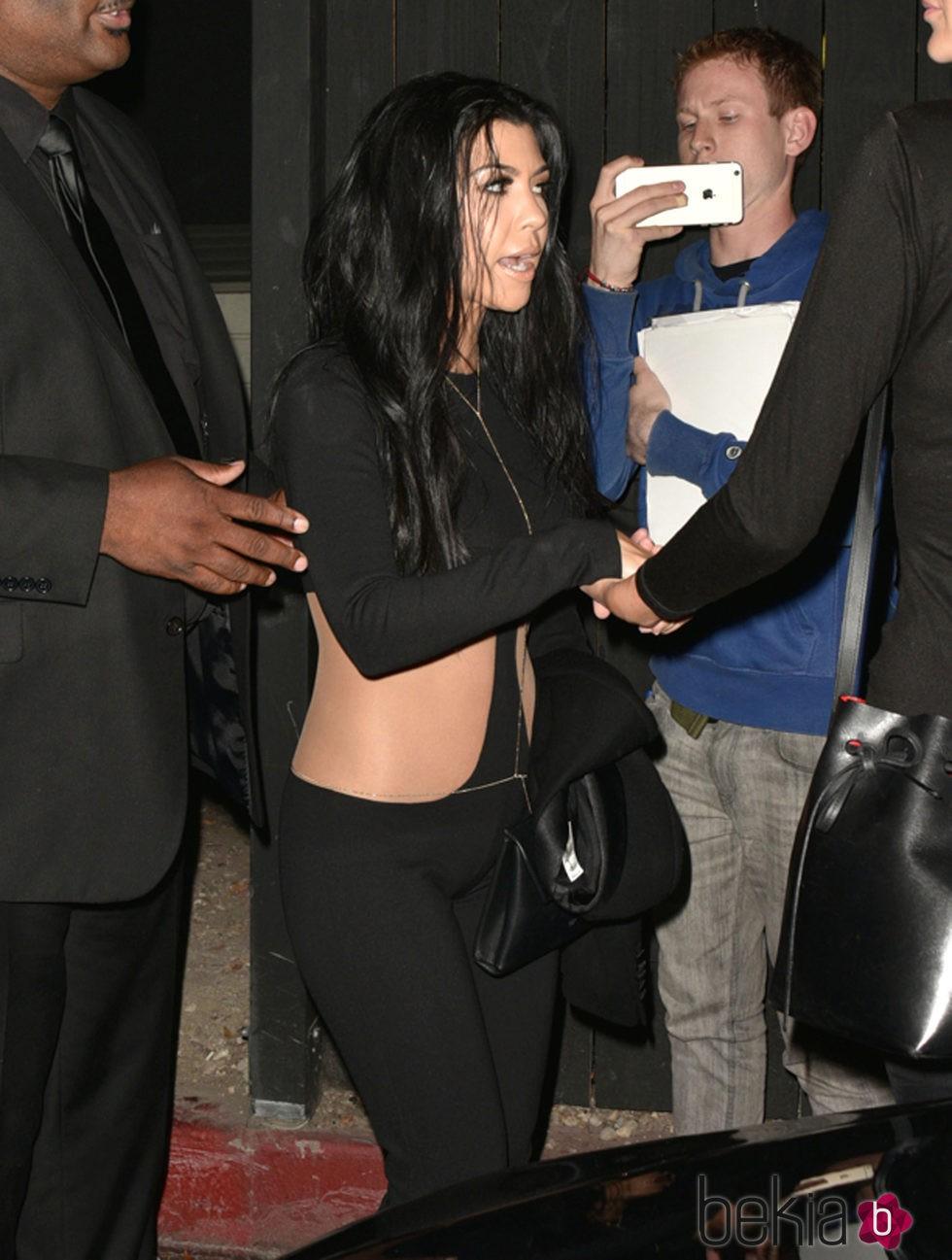 Kourtney Kardashian en el cumpleaños de su hermana Kylie Jenner