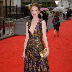 Zoe Boyle en un homenaje a 'Downton Abbey' en Londres