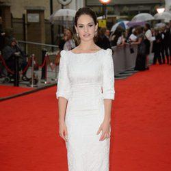Lily James en un homenaje a 'Downton Abbey' en Londres
