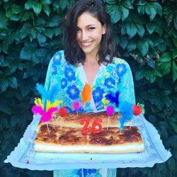 Úrsula Corberó con la tarta de su 26 cumpleaños