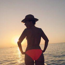 Chenoa desnuda en el mar