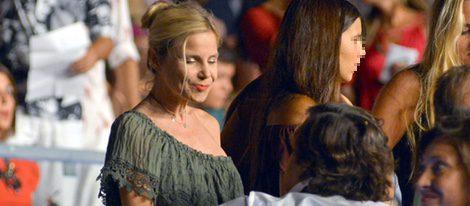 Eugenia Martínez de Irujo y Cayetana Rivera en el concierto de Enrique Iglesias en Marbella
