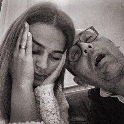 Risto Mejide y Laura Escanes con jet lag