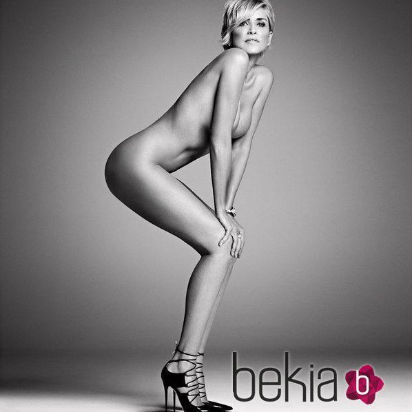 Sharon Stone desnuda para la revista Harper's Baazar