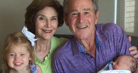 Laura y George W. Bush dan la bienvenida a su nueva nieta Poppy Louise
