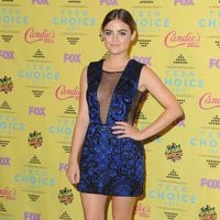 Lucy Hale en los Teen Choice Awards 2015