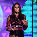 Nina Dobrev se convierte en vampiresa en los Teen Choice Awards 2015