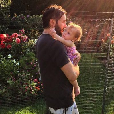 Matt Rutler felicita a Summer Rain por su primer cumpleaños