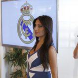 Pilar Rubio luciendo embarazo con un ajustado vestido en la renovación de Ramos