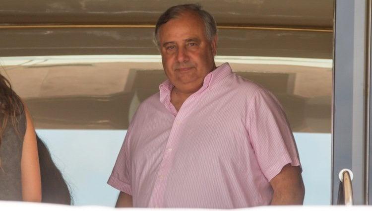 Fernando Martínez de Irujo en un barco en Ibiza