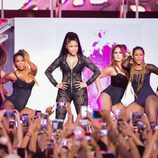 Nicki Minaj actuando en los Billboard Hot 100 Music Festival