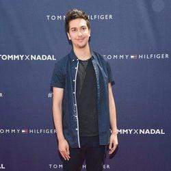 Nat Wolff en la presentación de Rafa Nadal como imagen de Tommy Hilfiger