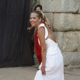 Ana Fernández luciendo sonrisa y bronceado en los Premios Ceres 2015