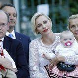 Los Príncipes Alberto y Charlene de Mónaco con sus hijos Jacques y Gabriella