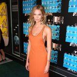 Karlie Kloss en los Video Music Awards 2015