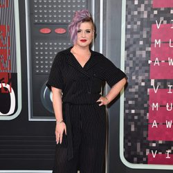 Kelly Osbourne en los Video Music Awards 2015