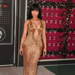 Nicki Minaj en los Video Music Awards 2015