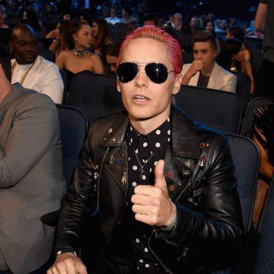 Jared Leto estrena nueva look en los Video Music Awards 2015