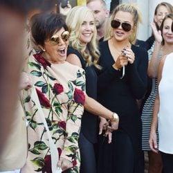 El descuido de Kris Jenner que deja a la vista su faja