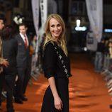 Ingrid García Jonsson sonriendo en el estreno de 'Apaches' en el FesTVal de Vitoria 2015