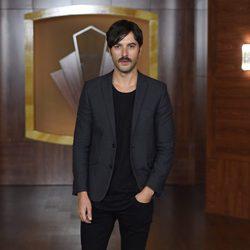 Javier Rey en la presentación de la tercera temporada de 'Velvet'